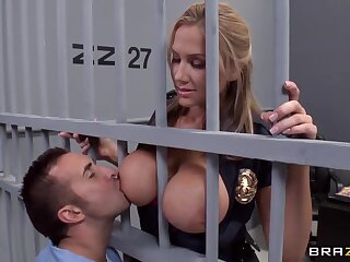 Alanah Rae sex-mad as A charge with immigrant alien this husky convict