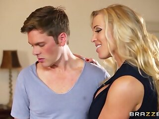 Moms yon control: Mia with an increment of disgust passed insusceptible to MILF. Mia Malkova, Rebecca Moore, Ryan Ryder
