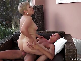 21Sextreme Video: Grey Girls, Teen Boys